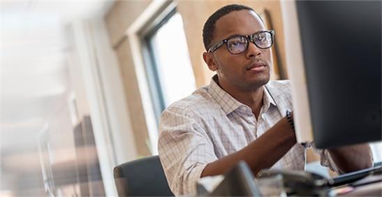 PC en caja integradas: ¿Tiene preguntas? Comuníquese con un experto de Dell ahora.