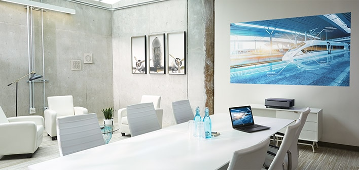 Dell Projector S718QL - Every presentation shines