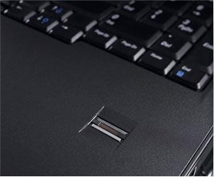 Vostro 1320 ノートパソコンの高度なデータ保護機能オプションで万全のセキュリティ