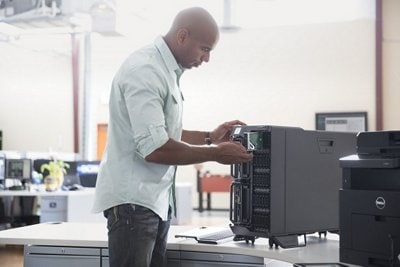 PowerEdge VRTX Chassis - Drive business success with a data center under your desk